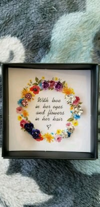 white and red floral photo frame Brampton, L6R