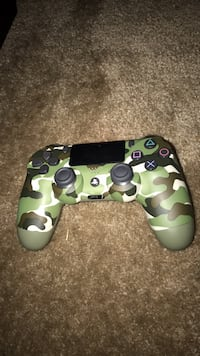 green and white camouflage Sony PS4 controller North Las Vegas, 89081