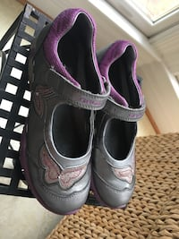 Girls size 1.5 gray and purple Stride Rite Shoes  Centreville, 20120