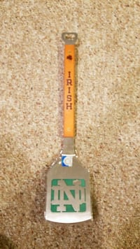 NEW Notre Dame BBQ spatula with bottle opener  Garden City, 11530