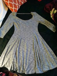 gray and black long-sleeved dress Imperial, 92251