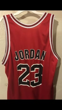 red and black Chicago Bulls 23 jersey 2258 mi