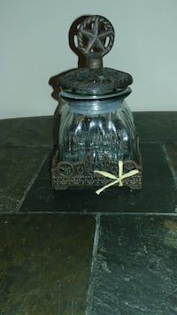 clear glass jar with metal lid Ormond Beach, 32174