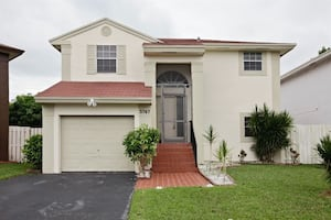 Welcome to 3767 NW 107th Ter Sunrise FL 33351