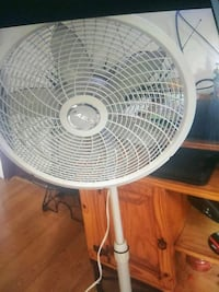 Lasko 18' oscillating fan Manchester, 03104