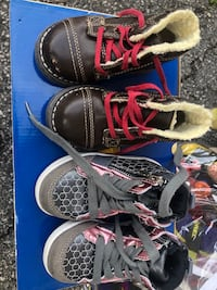 Many good quality Kids shoes Toronto, M6N 2K5