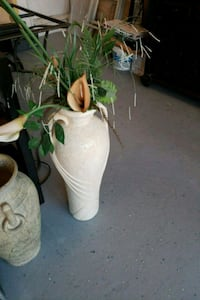 white and green floral ceramic vase