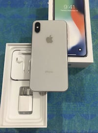 silver iPhone 7 with box VANCOUVER