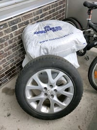 18 inch original Mazda rims with winter tires Toronto, M3C 1K6