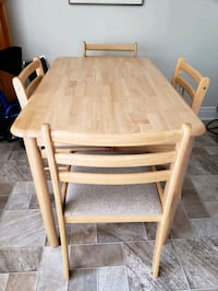Pine Dining Table and 4 Chairs  Toronto, M1B