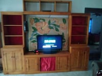 Wall entertainment unit with shelves and cabinets Hollywood, 33020