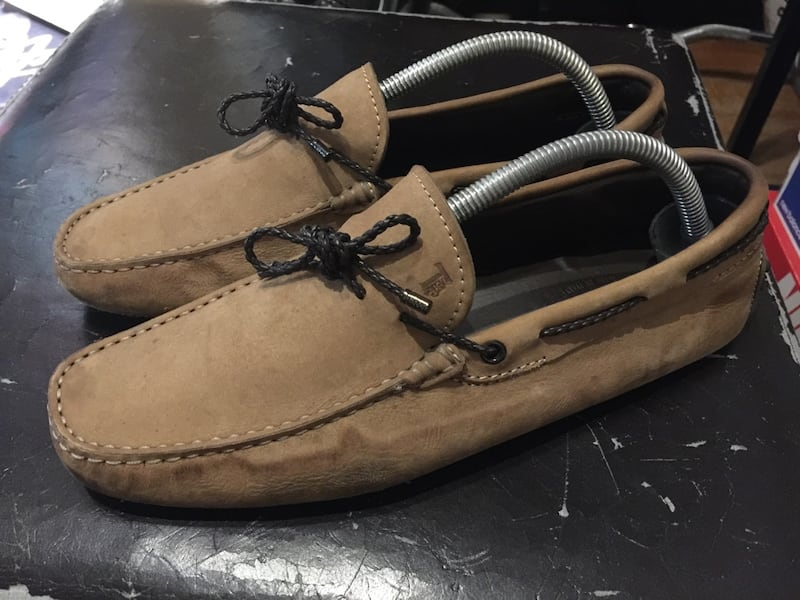 Tods gommino suede driving loafers  58ed00ab-9c0e-4c1e-a94b-36e7c75d656e