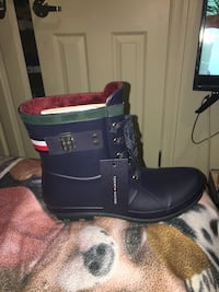 Brand new womens Tommy hill boots