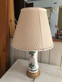 White and green table lamp 262 mi