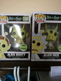 two Pop ! vinyl figures Edmonton, T5A 3R8