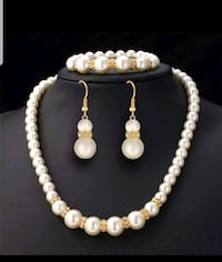 white pearl beaded necklace and earrings Brampton, L6S