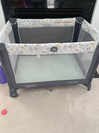 Graco Pack n Play White Plains, 20695