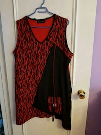 Black and red dress 548 km