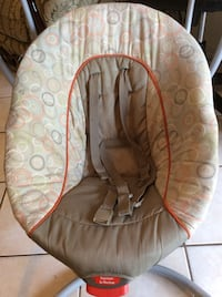 baby's brown and beige bouncer Laredo, 78043
