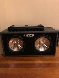 """Kickers 2, 12"""" and clarion amp"""