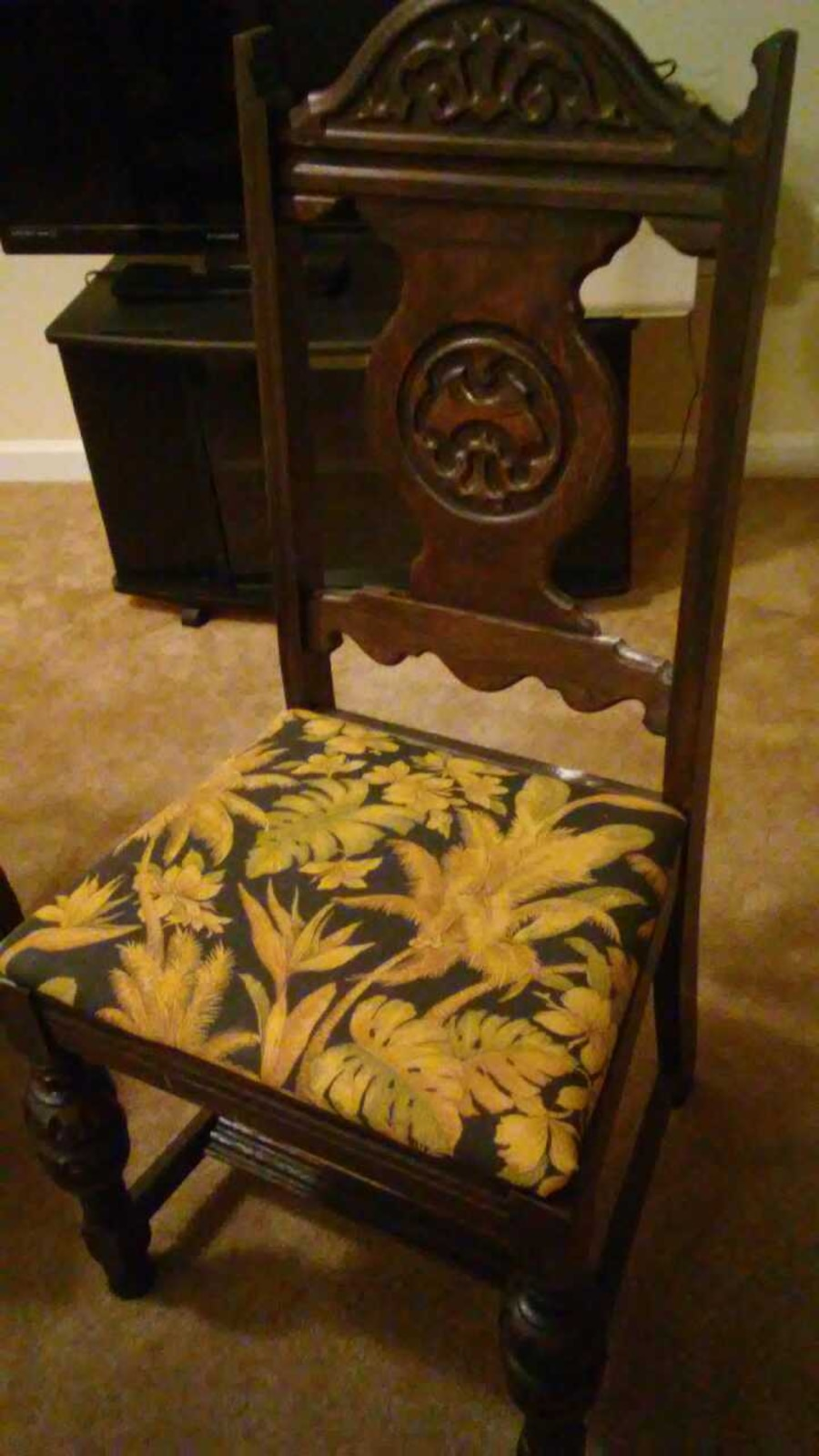 2 chairs and small table - Hilton Head Island