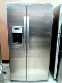 "36"" GE PROFILE SIDE BY SIDE REFRIGERATOR WITH ICE MAKER تورونتو"