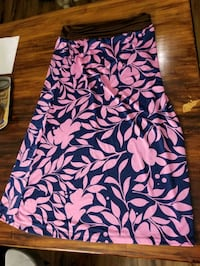 Pool cover up silky skirt size small NWT Alexandria, 22304