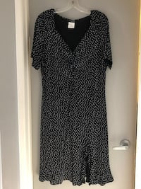 Size 18 Jessica dress Edmonton, T6L 4P9