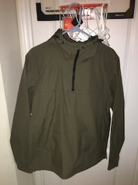 Forever 21 pull over rain jacket Richmond Hill, L4E 4V4