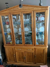 Buffet & Hutch Cabinet Set – Solid Oak Winnipeg, R2P 2Z9