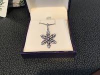 Ben moss sterling silver snowflake necklace and pendant. Burlington, L7L 4L7