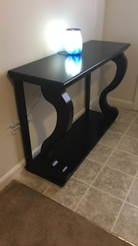 Console entry table furniture