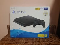 Console Sony PS4 con scatola controller