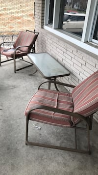 Patio table and chairs London, N6A 2G6