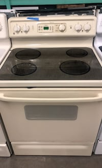 GE spectra electric stove  Baltimore, 21223