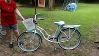 "26"" Schwinn del Mar bicycle"