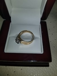 10k Yellow Gold Diamond Flower Ring Burnaby