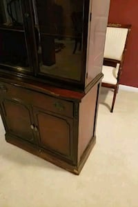 Medium Brown Hutch  Kingsville, 21087
