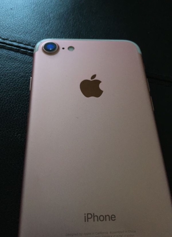 (Price Is Negotiable) Rose Gold IPhone 7