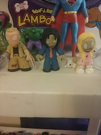 three zombie character figurines Alamogordo, 88310