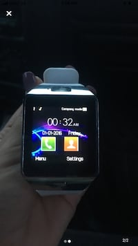 White smart watch brand-new never been used Toronto
