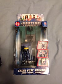 Justice league batman figure  Vaughan, L4H 2Z8