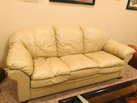 Leather Lane Couch 1397 mi