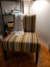 sofa chair / accent chair / chaise d'appoint