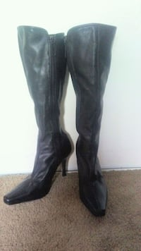 Size 9 KNEE HIGH BOOTS Edmonton, T5H 3X2
