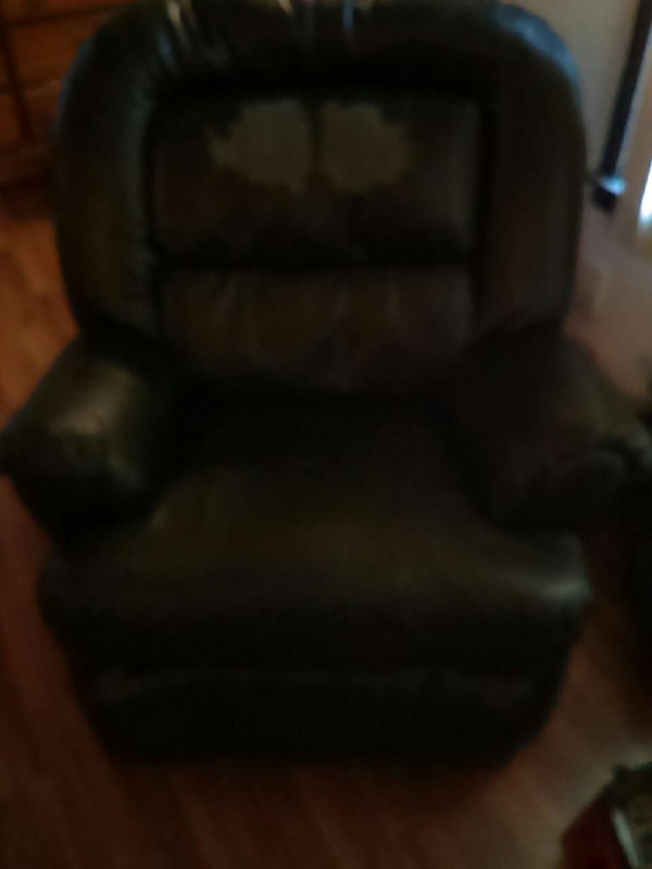 Used Black Leather Sofa Chair For