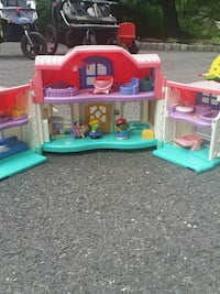 Fisher price house Watchung, 07920