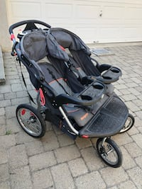Baby trend stroller twin sport  like new rarely used  Montréal, H4M 2Y8