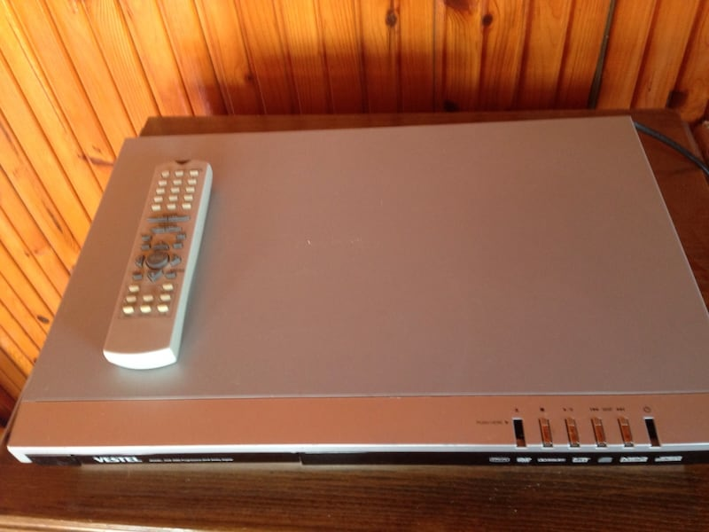 DVD PLAYER 1634ddef-13d0-419a-9ceb-4ce11b880ad4