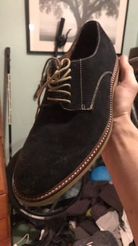Men's Banana Republic Shoes Vancouver, V6Z 1P5